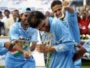 4 consecutive man of the match awards